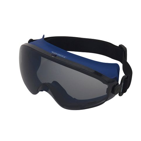 Óculos de Proteção Ampla Visão Lente Cinza com Tratamento AE Soft.  image-7bb94217e4964e6a9883210d5a9a47c2 7c7530cbe5